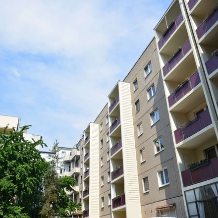 Rent this 3 bed apartment on Keplerstraße 11a in 39104 Magdeburg, Germany