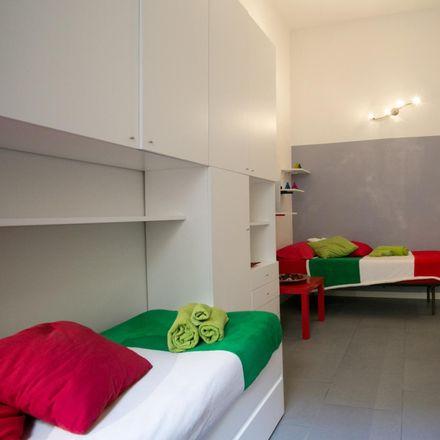 Rent this 2 bed apartment on Cibificio L'oficina Dei Sapori in Via Raffaele Cadorna, 00198 Rome RM