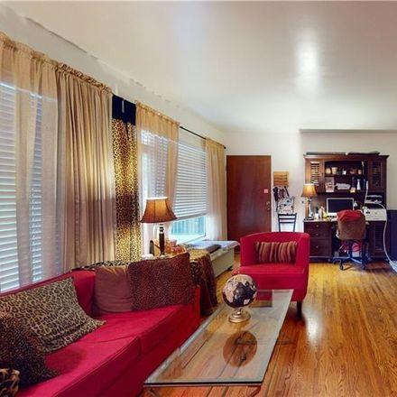 Rent this 1 bed condo on 312 West California Boulevard in Pasadena, CA 91105