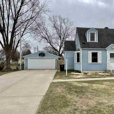 Rent this 3 bed house on 717 Columbia Avenue in DeForest, WI 53532