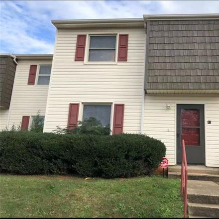 Rent this 3 bed condo on 7909 Lakehouse Ln in Charlotte, NC