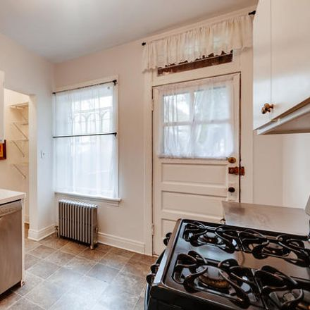 Rent this 2 bed townhouse on Sherman Pl in Evanston, IL