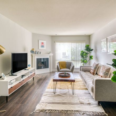 Rent this 1 bed apartment on 4607 Cahuenga Boulevard in Los Angeles, CA 91602