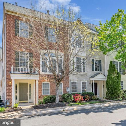 Rent this 3 bed townhouse on 12406 Cedar Lakes Drive in Chantilly, VA 22033