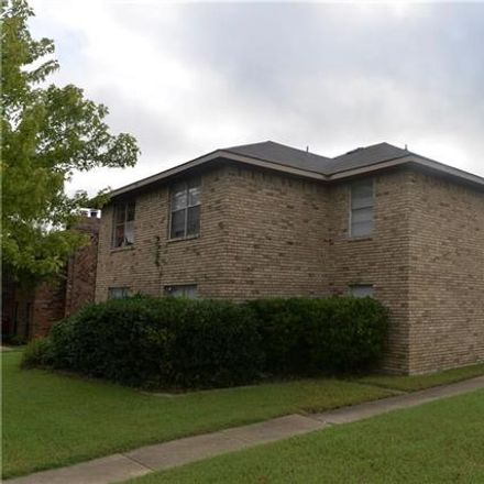 Rent this 2 bed duplex on 5510 Brookview Court in Sachse, TX 75048