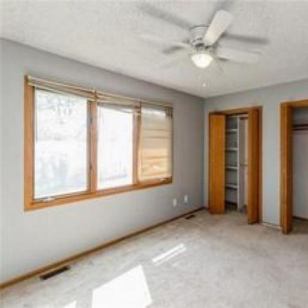 Rent this 4 bed house on 1033 5th Street in West Des Moines, IA 50265