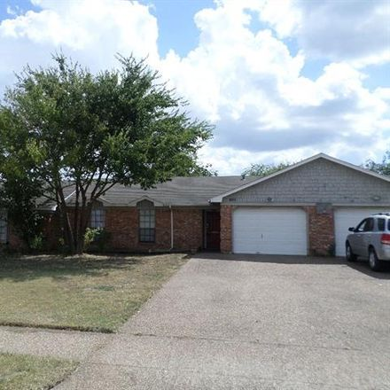 Rent this 3 bed house on 401 Asbury Drive in Saginaw, TX 76179