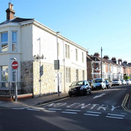 Rent this 1 bed room on The Lawrence Arms in 63 Lawrence Road, Portsmouth PO5 1NU