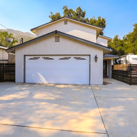 Rent this 3 bed house on 15122 Calle Naranjo in Green Valley, CA 91390