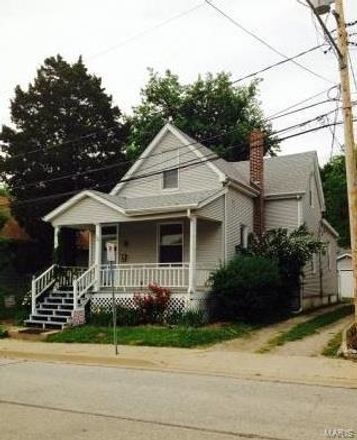 Rent this 3 bed house on 120 North 15th Street in Belleville, IL 62220