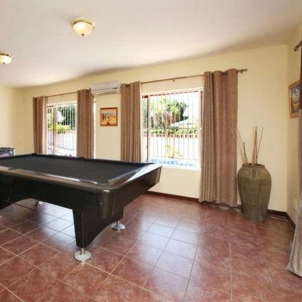 Rent this 4 bed house on Kendal Road in Eversdal, Bellville