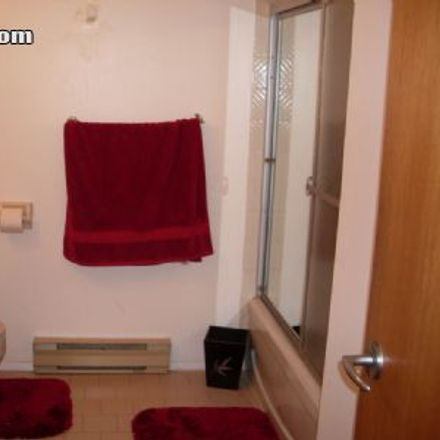 Rent this 1 bed apartment on 4770 Rue Fullum in Montreal, QC H2H 2S1