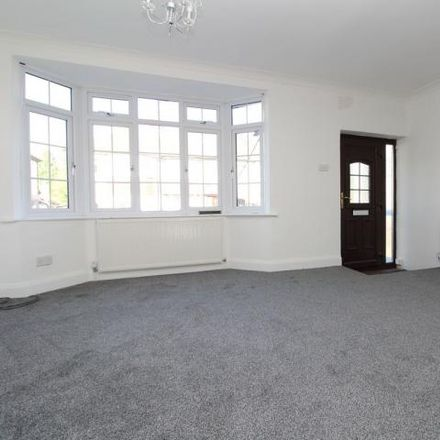 Rent this 3 bed house on Oakwood Close in Dartford DA1 1YS, United Kingdom