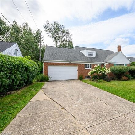 Rent this 3 bed house on 2402 South Green Road in South Euclid, OH 44122