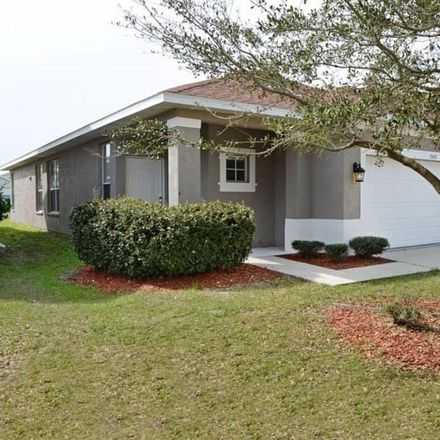 Rent this 3 bed house on Riverview Dr in Bee Ridge, FL