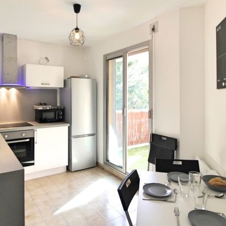 Rent this 3 bed room on 23 Boulevard de la Gaye in 13009 Marseille, France