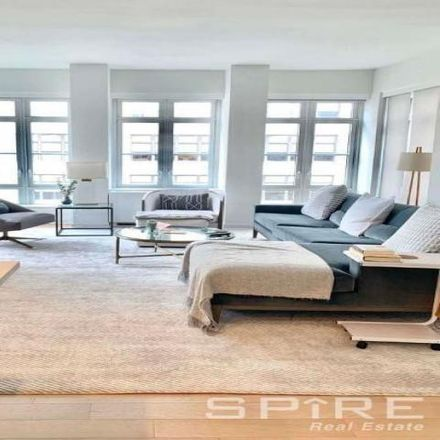 Rent this 3 bed apartment on 261 Hudson Street in New York, NY 10014