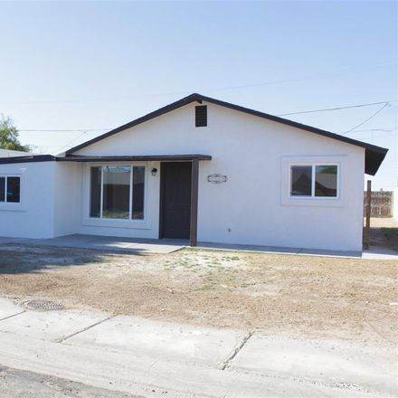Rent this 5 bed house on 1110 West Kofa Court in Yuma, AZ 85365