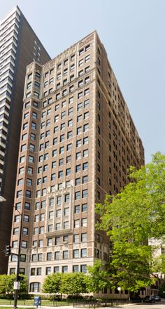 Rent this 3 bed apartment on N Lake Shore Dr in Chicago, IL
