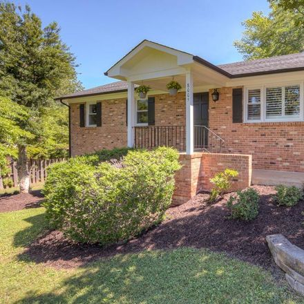 Rent this 5 bed house on Washington Ct in Charlottesville, VA