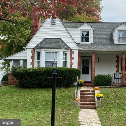 Rent this 4 bed house on 1565 Curtis Avenue in Glen Burnie, MD 21060