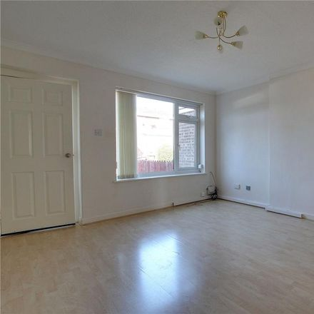 Rent this 2 bed house on Osprey Close in Kingston upon Hull HU6 7XL, United Kingdom
