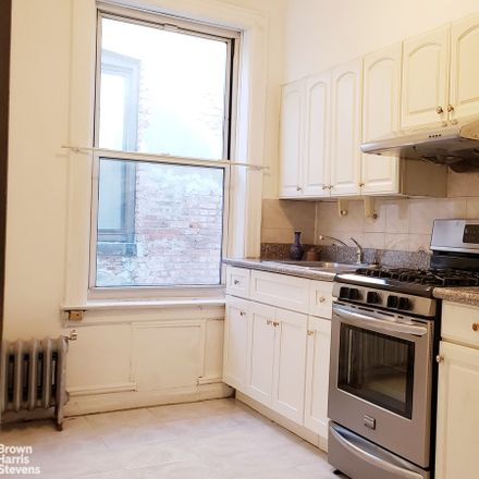 Rent this 1 bed condo on 615 18th Street in New York, NY 11218