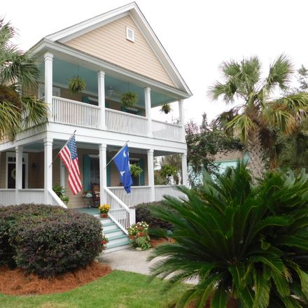 Rent this 3 bed house on 146 Willow Point Road in Shell Point, SC 29906