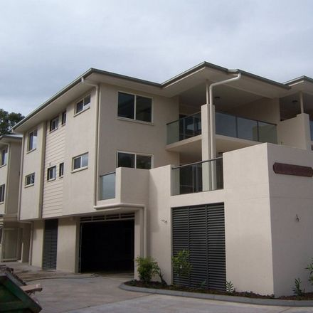 Rent this 2 bed apartment on 12/91-93 Lower King Street