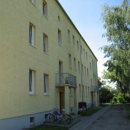 Rent this 3 bed apartment on Mittelstraße 14 in 04575 Deutzen, Germany