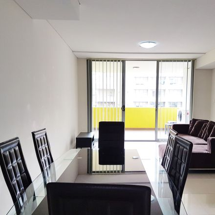Rent this 3 bed apartment on 205/1 Church Avenue