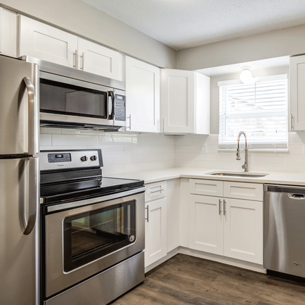 Rent this 1 bed apartment on 4104 West 73rd Street in Prairie Village, KS 66208