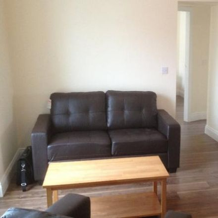 Rent this 2 bed apartment on Charleville (Library) in Main Street, Rathluirc