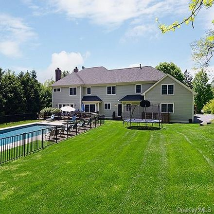 Rent this 6 bed house on 11 Century Ridge Road in Harrison, NY 10577
