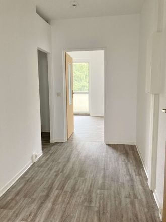 Rent this 4 bed apartment on Neuer Friedberg 52 in 98527 Suhl, Germany