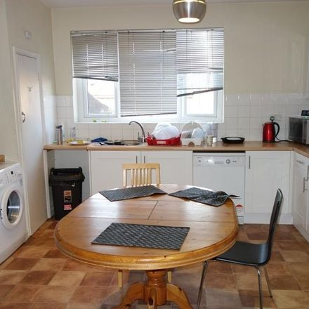 Rent this 1 bed house on 66 Tolworth Broadway in London KT6 7JB, United Kingdom