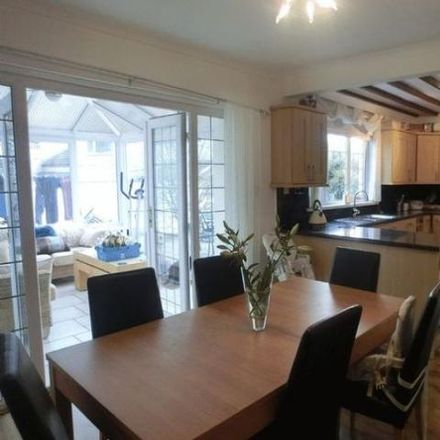 Rent this 4 bed house on Y Llwyn in Dafen SA15 1JT, United Kingdom
