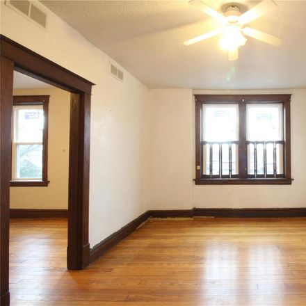 Rent this 1 bed condo on 4666 Rosa Avenue in St. Louis, MO 63116