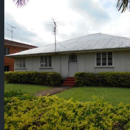 Rent this 3 bed house on 124 Lannercost Street