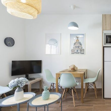 Rent this 3 bed apartment on Calle de Baleares in 28001 Madrid, Spain