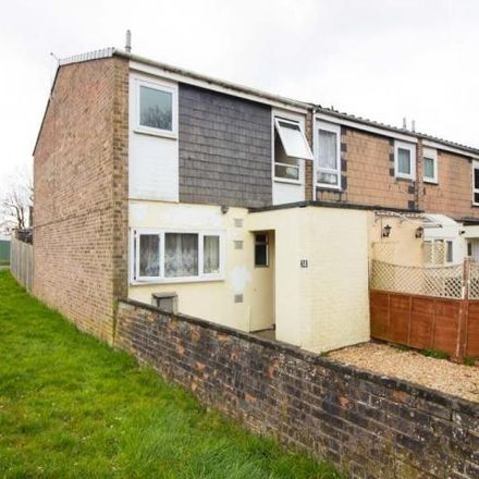 Rent this 3 bed house on Robin Gardens in Havant PO8 9XE, United Kingdom