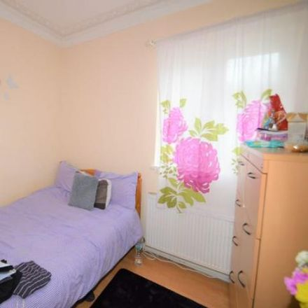Rent this 2 bed apartment on Ancona Road in London SE18 1NB, United Kingdom