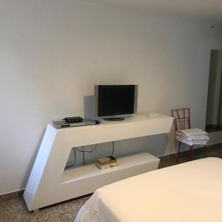 Rent this 3 bed apartment on CORPO BELLO MEDICAL SPA in Calle 2 Oeste, Comuna 3