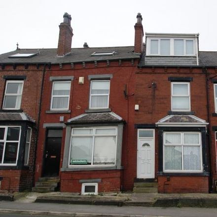 Rent this 5 bed house on Back Hessle Avenue in Leeds LS6 1EF, United Kingdom