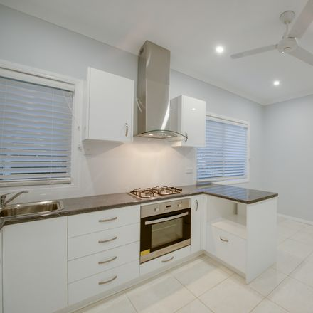 Rent this 3 bed house on 44 Coleman Street