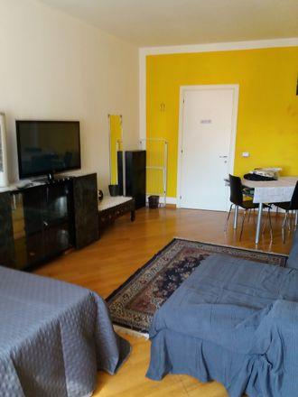 Rent this 4 bed room on Via Pietro Giardini in 276, 41124 Modena MO