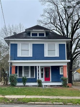 Rent this 3 bed house on 539 Olive Street in Shreveport, LA 71104