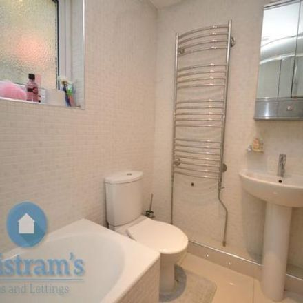 Rent this 6 bed house on ATS Euromaster in Castle Boulevard, Nottingham NG7 1GQ