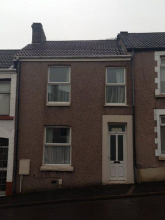Rent this 4 bed house on Campbell Street in Swansea SA1 6XY, United Kingdom