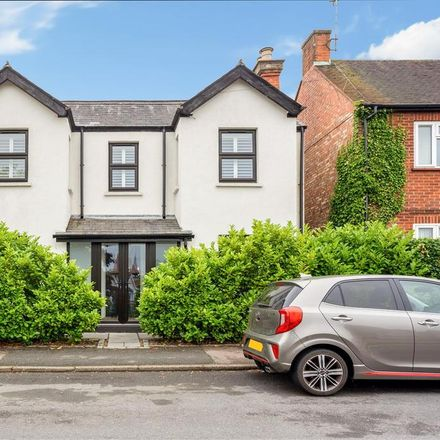 Rent this 4 bed house on The Terrace in Sunninghill SL5 9NJ, United Kingdom